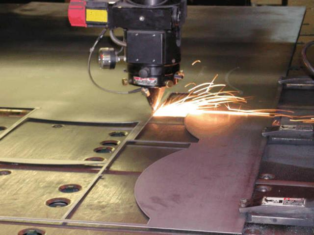 cắt kim loại tấm bằng Laser